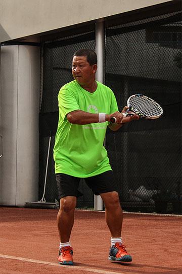 Tennis Coach Kan-Tsi-Kwong